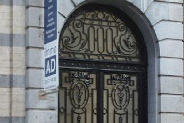 restauratie-deuren-ronse8AB9E1E7-8D98-52F3-7976-A1241832D69D.jpg