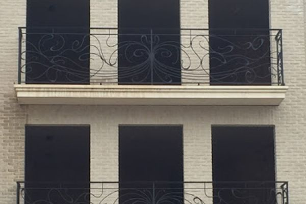 balustrade-artn-6c4A685FA5-D8D9-DEE3-B8E0-A07D056D8550.jpg