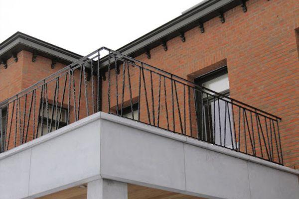 balustrade-modern-tak-1a34DE389E-76D0-0933-C352-0C8BAC25AF78.jpg